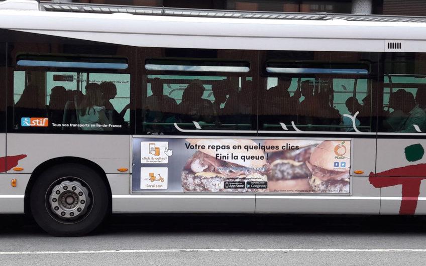 Affiche bus street food peach