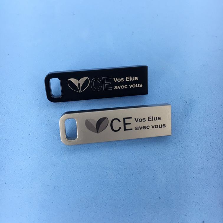 Clés USB CE