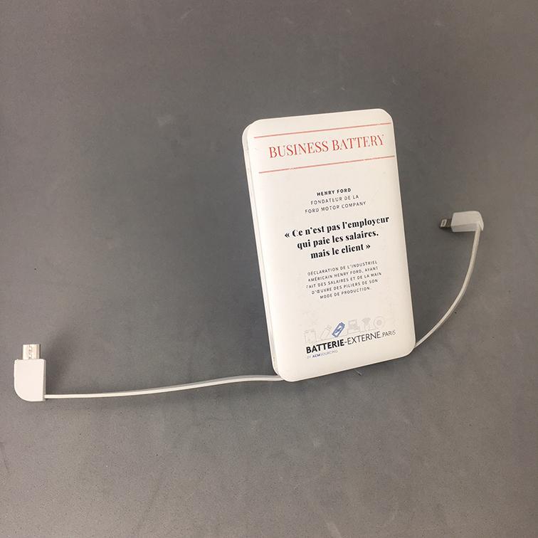 Powerbank double câbles intégrés